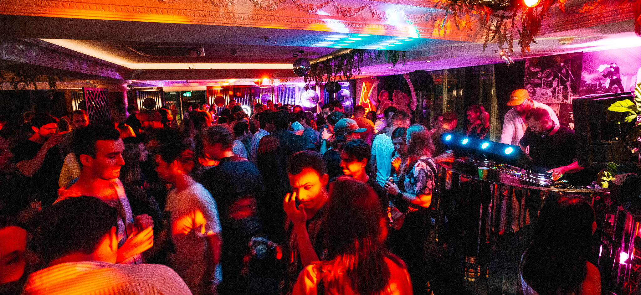Disco Night Clubs Sydney at Boogie Mountain